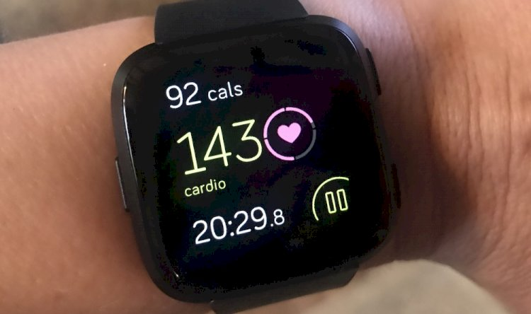 حسگر ضربان قلب ساعت های هوشمند چگونه کار میکند؟